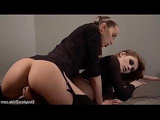 Lesbian Strapless Dildo