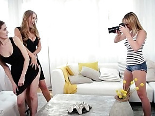 Mom, Daughter and the photographer Tanya Tate, Samantha Hayes, Brett Rossi